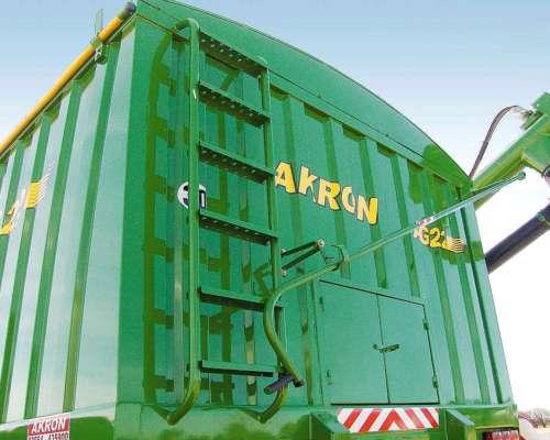 Acoplado Para Semillas Y Fertilizantes Akron Ag 22.