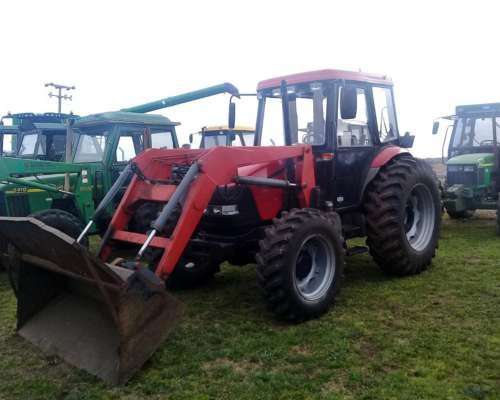 Tractor Case Farmall 95 con Pala (C)