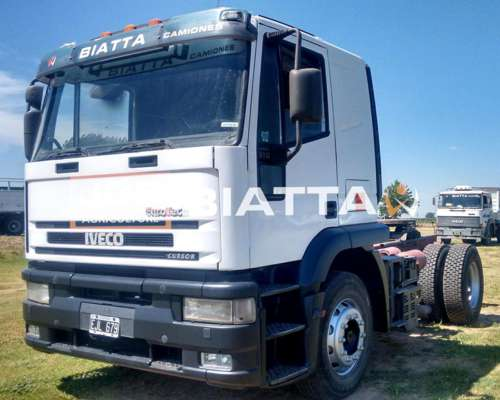Iveco Cursor 310 - año 2004 - Tractor