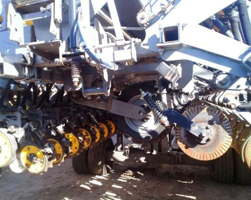 Autotrailer Sembrador Pla AGP III F de 39 a 17.5 - 20 a 38