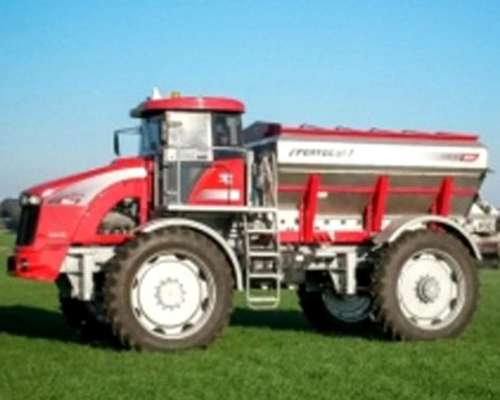 Fertilizadora Autopropulsada Fertil 618