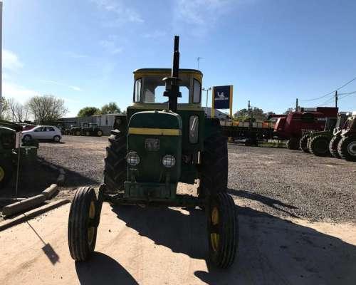 Tractor John Deere 3530 con Cabina Original