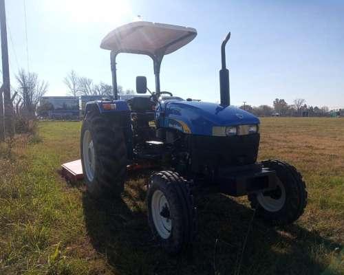 Tractor New Holland TT 75 4x2, 420 Horas C/ Desmalezadora