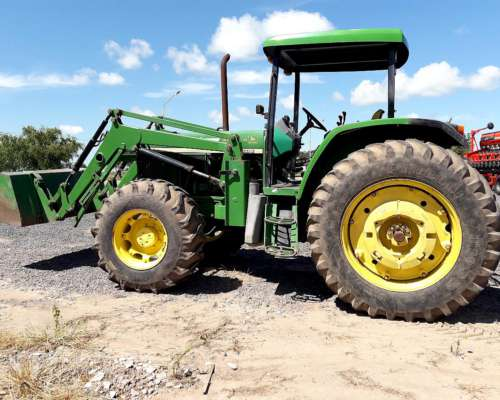 Tractor JD 6605 año 2002