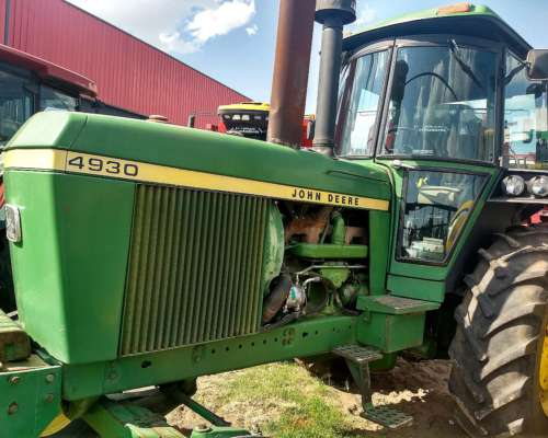 Tractor John Deere 4930 año 1986