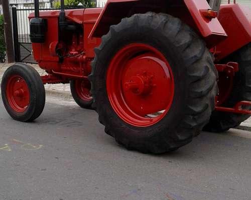 Tractor Fahr D66, muy Lindo