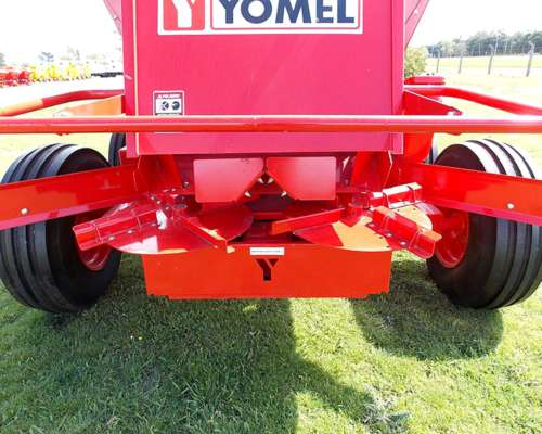 Esparcidora de Fertilizante Impala 8000 Organic Marca Yomel