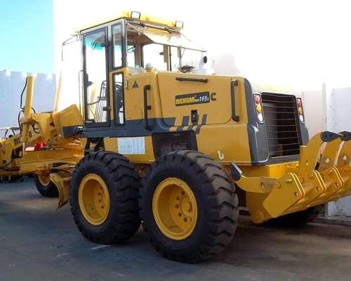 Motoniveladora Michigan 170-220 HP Cummins