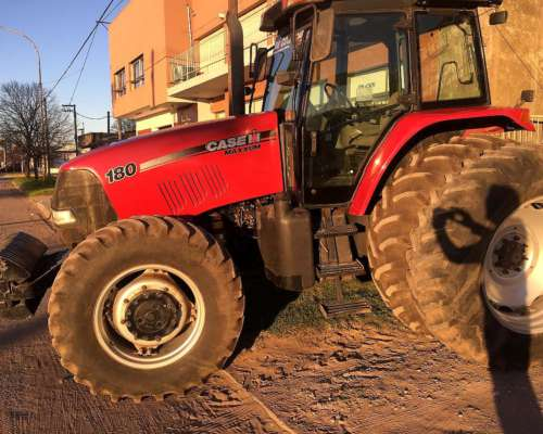 Case Maxxum 180 2010 C/duales y 3/puntos 5400hrs