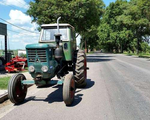 Tractor Deutz a 65 sin Hidraulico