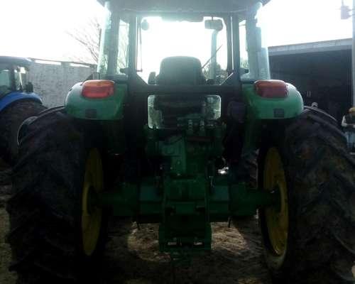 Tractor John Deere 6110d