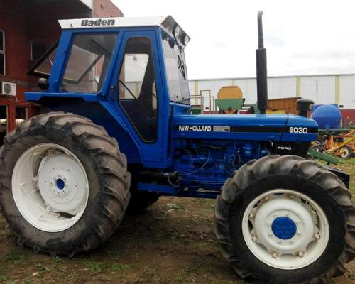 New Holland 8030 4X4