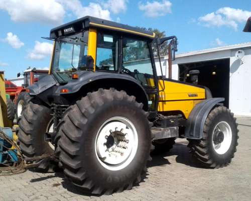 Tractor Valtra BH 180 - año 2005