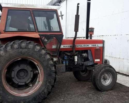 Tractor Usado Marca Massey Ferguson Modelo 1195l Dual