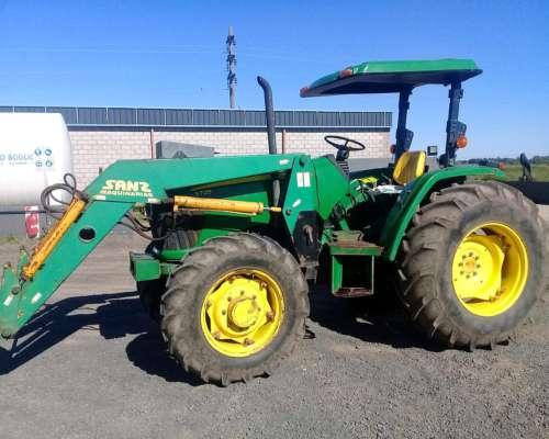 Tractor John Deere 5725 con Pala - año 2012