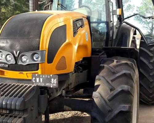 Tractor Valtra AR 220 Impecable