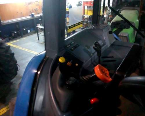 Tractor New Holland TM7020 - año 2008