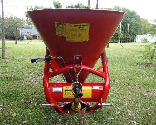 Cono Esparcidor de Semillas y Fertilizantes 450 Kg