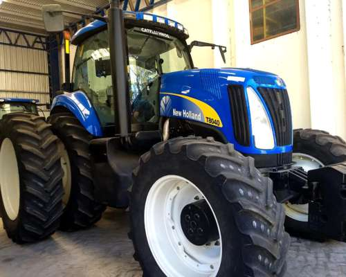 Tractor New Holland T8040 Año 2010