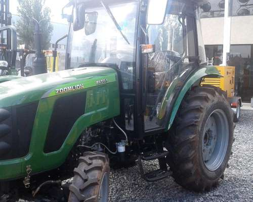 Tractor con Piloto Automático Doble Tracción Chery 75 HP