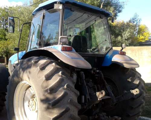 Tractor New Holland TM-150 año 2003