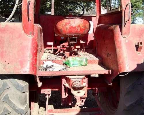 Vendo o Permutó Tractor Fahr 55