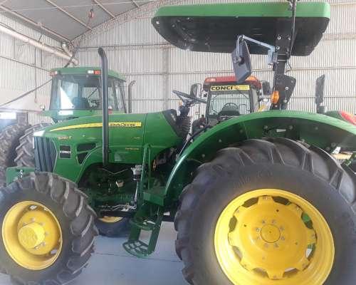 Tractor Jhon Deere 5090e 4X4 con Techo y Tres Puntos