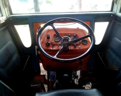 Trctor Fiat 700e muy muy Bueno