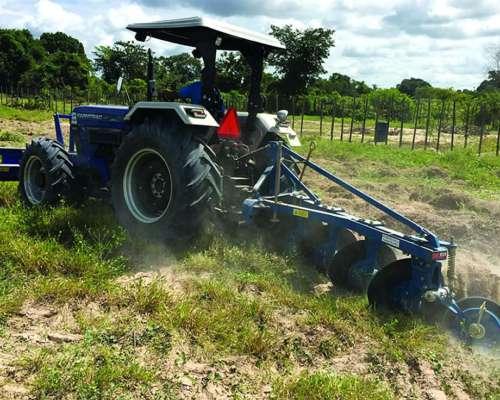 Tractor Farmtrac (ford) 6090 Xpro 4X4