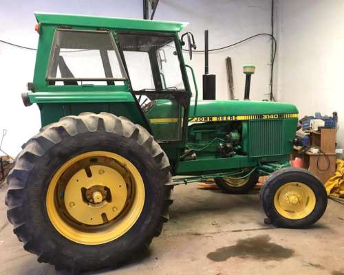 Tractor John Deere 3140 Excelente