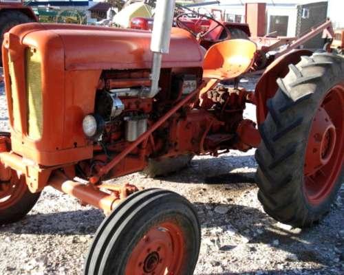 Tractor Fiat 411 Levante de 3 Puntos