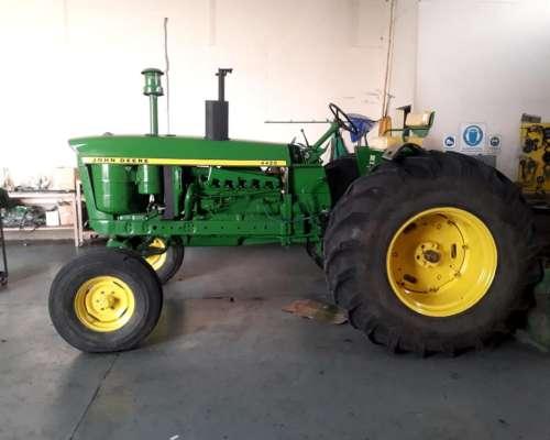 Tractor John Deere 4420