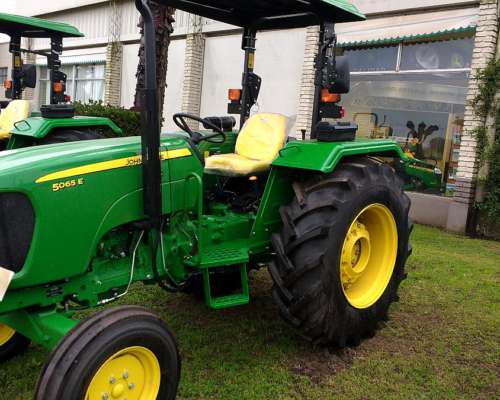 Tractor John Deere 5065 Tracc Simple