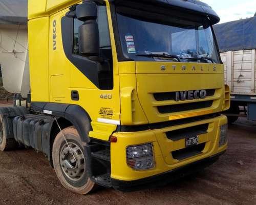 Camión con Batea Ultraliviana