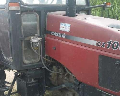 Tractor Case Modelo CX-100 con Tres Puntos