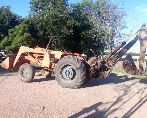 Tractor Fiat 700 con Pala y Retro. muy Bueno