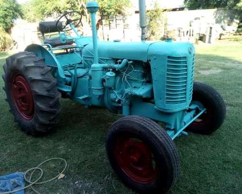 Tractor Zetor Reparado muy Buen Estado