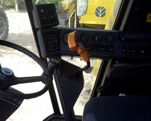 New Holland TC 59 Financio año 2004 , Plataforma de 28 Pies