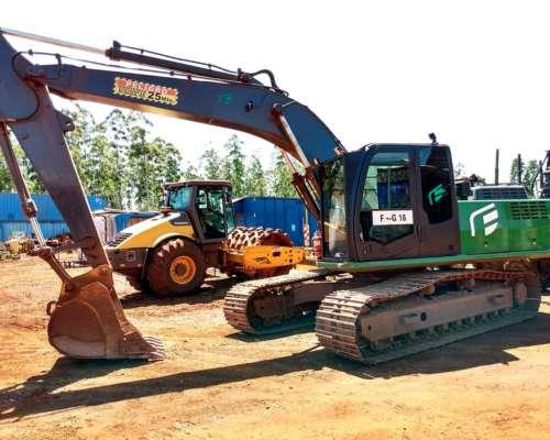 Excavadora de 20 TN Liangong con 7000 Hs Vendo o Permuto