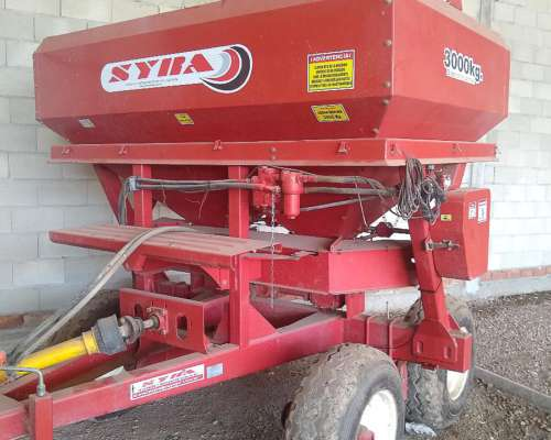 Fertilizadora Syra 3000 Kg Seminueva