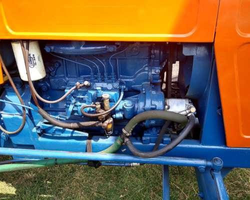 Tractor Marca Fiat 700e