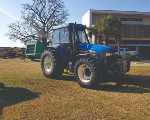 Tractor New Holland TM 150, año 2004