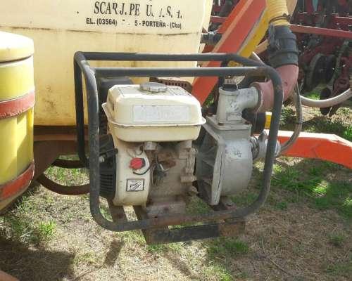 Pulverizador Barbuy 2400 Litros con Motobomba