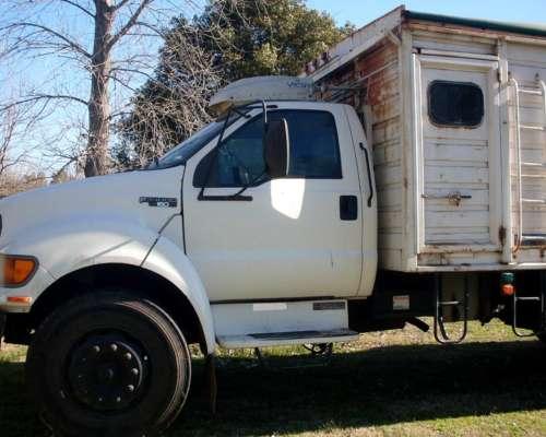 Camión Ford F 14000