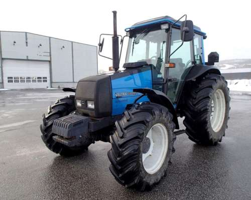 Tractores Agricola Valtra 700