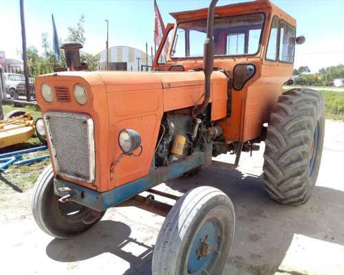 Tractor Fiat 700 E, Doble Embrague, Toma Fuerza, Hidraulico