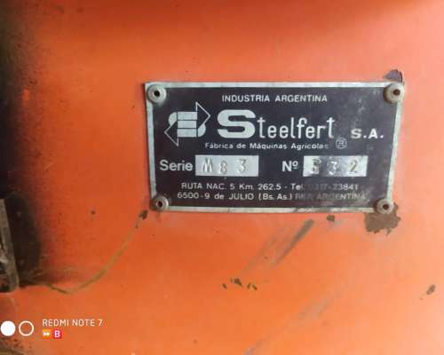 Fertilizadora Steelfert Impecable con Acarreador