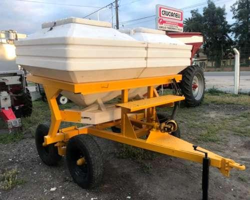 Fertilizadora Pozzi 3000 Litros