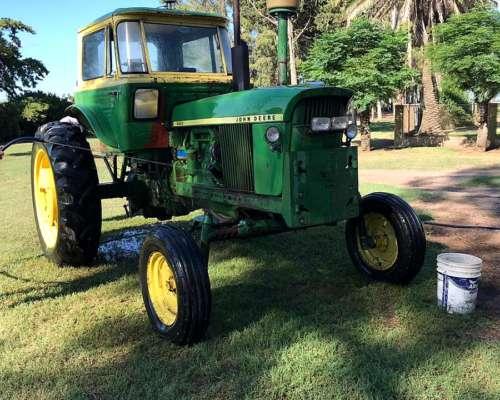 Tractor John Deere 4420 4X2 MOD.1973