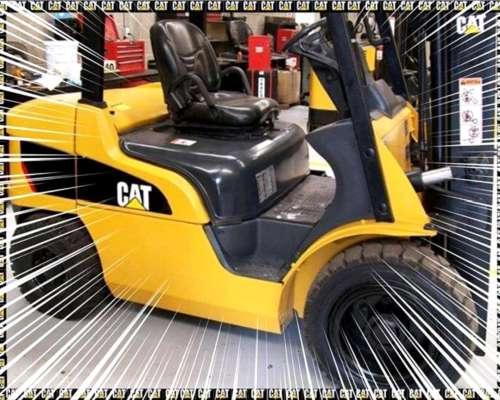 Autoelevador Caterpillar P6000 para 3tn